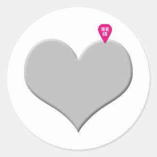 Amor e dia dos namorados do coração adesivo em formato redondo
