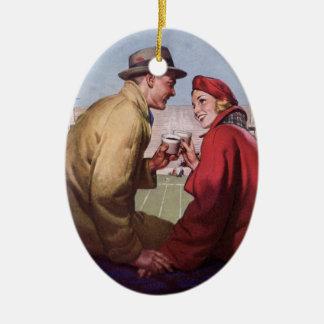 Amor e romance do vintage, casal no jogo de ornamento de cerâmica oval