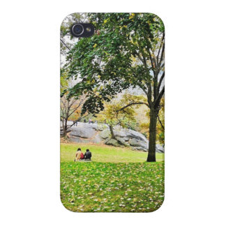 Amor no Central Park iPhone 4 Capa