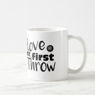 Amor no primeiro lance, copo psto tiro da caneca