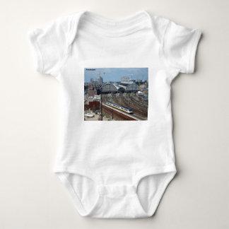 Amsterdam_centraal_side [kan.k] camiseta