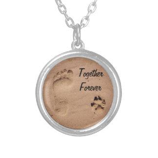 Animal de estimação & pegada na areia colar banhado a prata