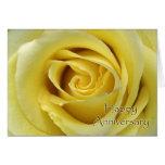 Aniversário de casamento, fotografia macro do rosa cartão comemorativo