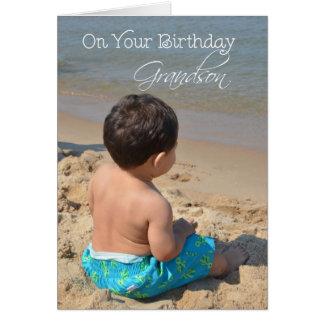 Aniversário do neto menino na praia