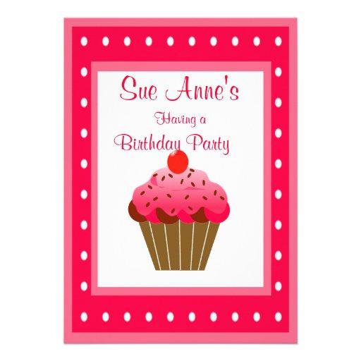 Aniversário doce super do cupcake convites