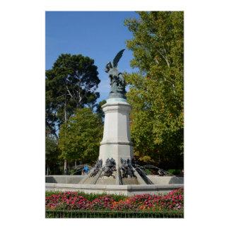 Anjo Caido do EL, parque de Retiro, Madrid Póster