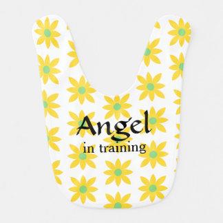 Anjo no babador do bebê do treinamento