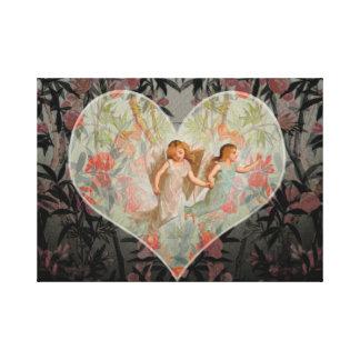 Anjos no jardim em um coração impressão de canvas envolvida