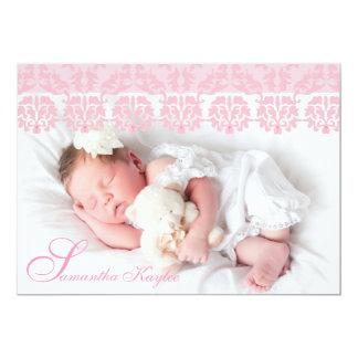 Anúncio cor-de-rosa laçado do nascimento da foto convite 12.7 x 17.78cm