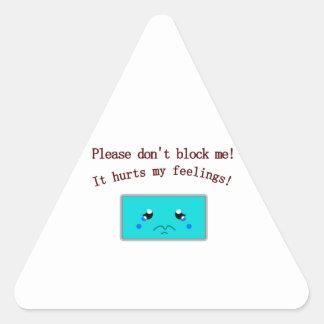 Anúncio triste adesivo em forma de triângulo