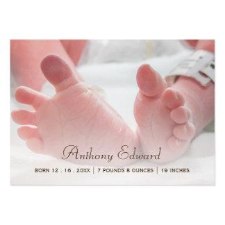 Anúncios recém-nascidos do nascimento dos pés do cartão de visita grande