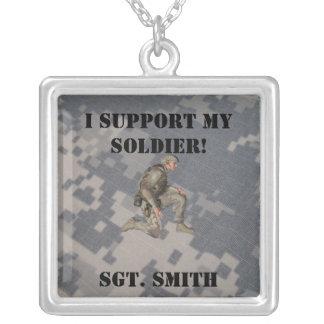 Apoie meu soldado, personalize-o colar com pendente quadrado