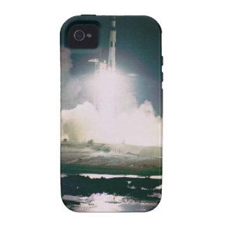 Apollo 17 tira capinhas para iPhone 4/4S