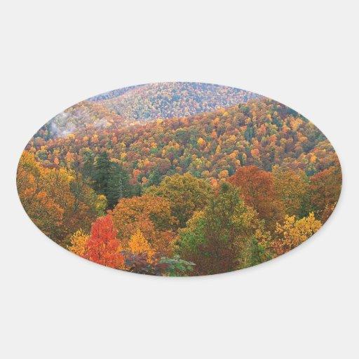 Appalachian luxúria Carolina da paisagem da cena Adesivos Em Formato Oval