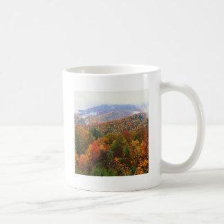 Appalachian luxúria Carolina da paisagem da cena Canecas