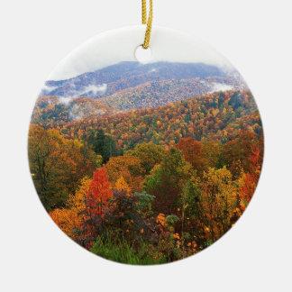 Appalachian luxúria Carolina da paisagem da cena Ornamento De Cerâmica Redondo