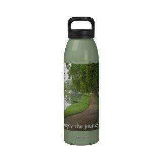 """""""aprecie a viagem"""" no trajeto da vida garrafa de água"""