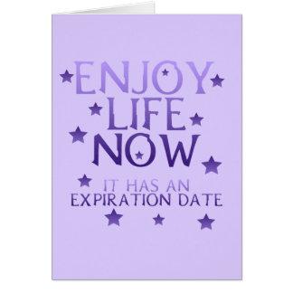 Aprecie o cartão da vida agora