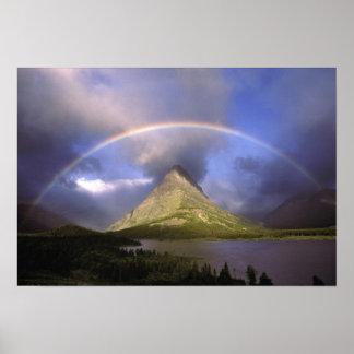 Arco-íris completo e céu tormentoso sobre Grinnell Poster