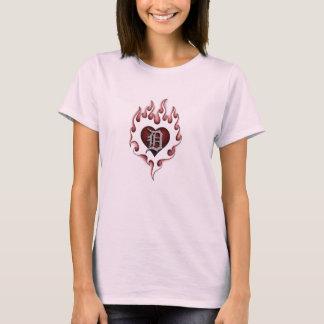 Arder D (tshirt da boneca) Camiseta