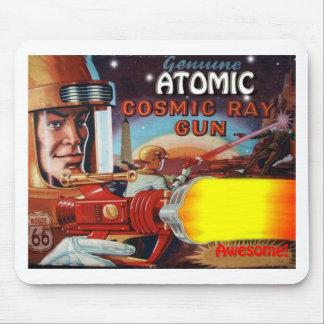 arma de raio atômica do homem do espaço mouse pads