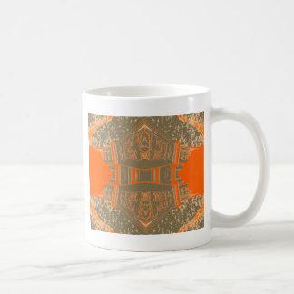 Arte bonita modelada da laranja do outono da caneca de café