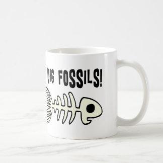 Artigo fóssil engraçado do presente canecas