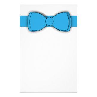 Artigos de papelaria da fita azul
