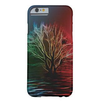Árvore, céu e rio de Fractalius Capa iPhone 6 Barely There