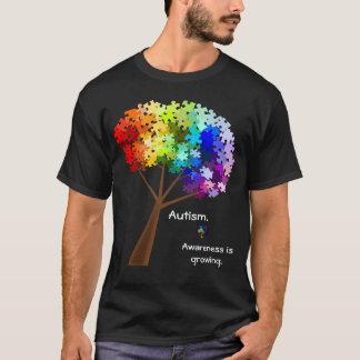 Árvore do quebra-cabeça do arco-íris da tshirt