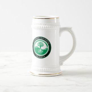 Árvore verde indo Alaska Caneca De Cerveja