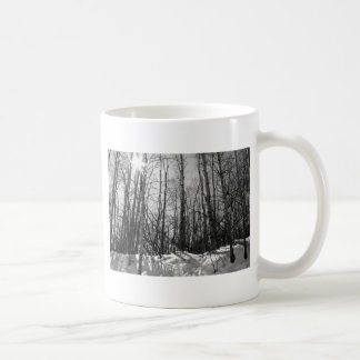 Árvores no inverno caneca