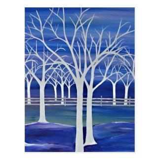 Árvores violetas cartão postal