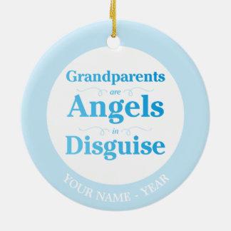As avós são anjos no disfarce ornamento de cerâmica redondo