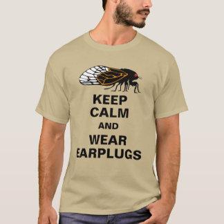 As cigarras Magicicadas mantêm a calma e vestem T-shirts