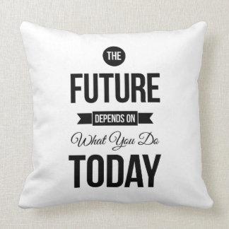As citações inspiradas futuras brancas travesseiro de decoração