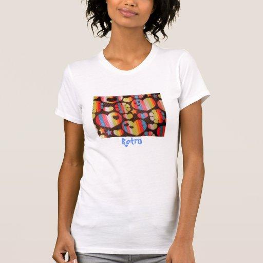 As estrelas retros, corações, florescem a camisola camiseta