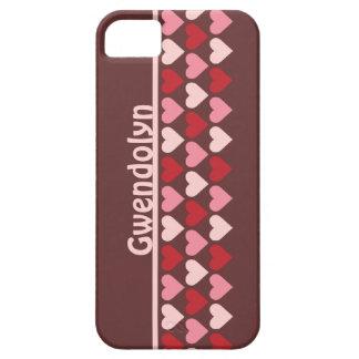 As fileiras dos corações modelam rosa vermelho o capa barely there para iPhone 5