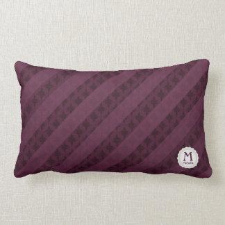 As listras carmesins elegantes personalizaram o travesseiro de decoração