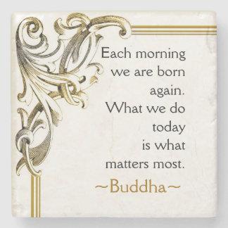 As palavras inspiradores de Buddha da sabedoria Porta-copos De Pedra