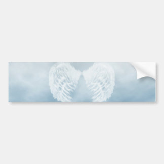 Asas do anjo no céu azul nebuloso adesivo para carro