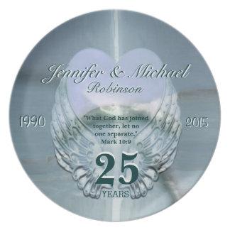 Asas e coração de prata bonitos do anjo pratos de festas