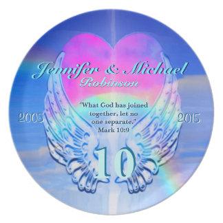 Asas e coração do anjo do arco-íris prato