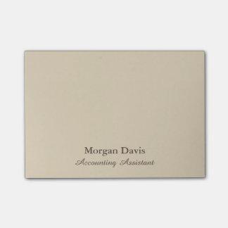 Assistente bege da contabilidade post-it notes