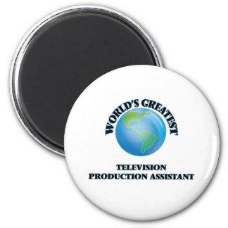 Assistente da produção da televisão do mundo o ima de geladeira