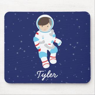 Astronauta do cabelo de Brown no espaço Mousepad