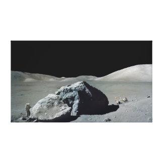 Astronauta e veículo de Apollo 17 na lua Impressão Em Tela