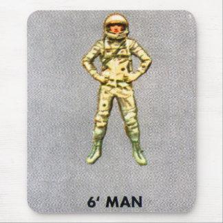 Astronauta retro do espaço do kitsch 60s do mousepad