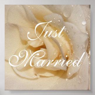 aumentou, o recem casados, foto perto: TEYoung Poster