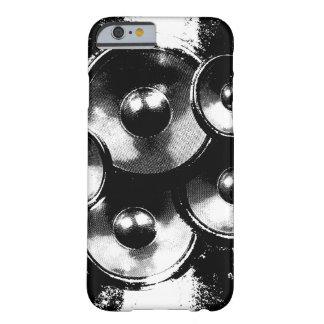 Auto-falante preto e branco da música capa barely there para iPhone 6